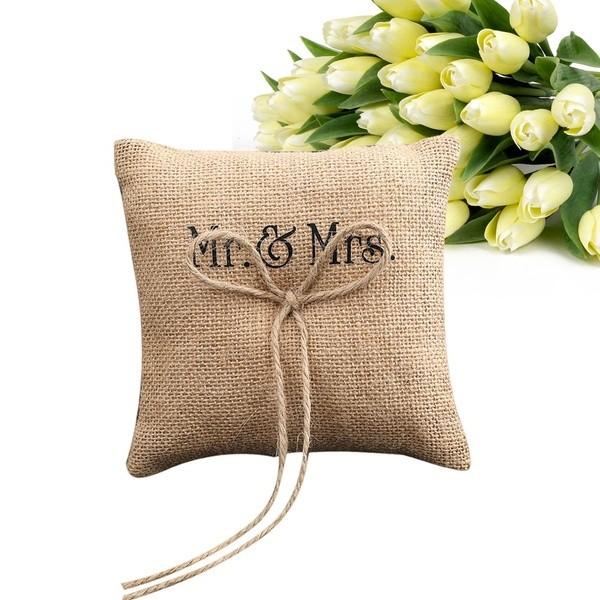 Ringkissen Mr. & Mrs.