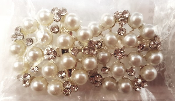 Brosche Perle